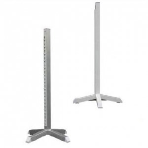 Aluminium Stands in plain and white