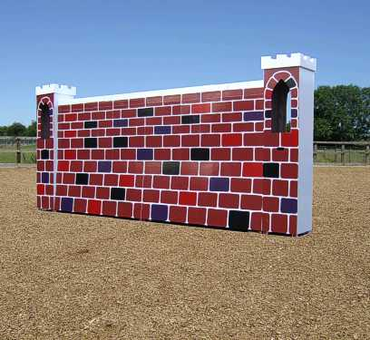 BSJA Mini Puissance shown here with castle pillars
