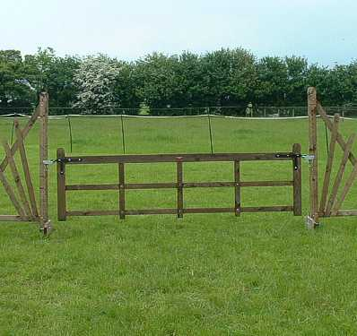 BSJA specification rustic gate for competitions