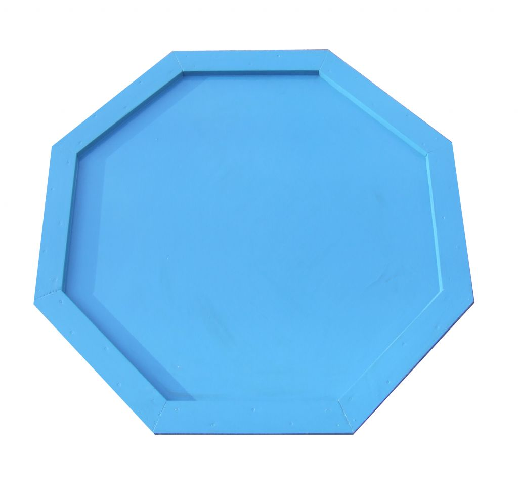 Octagonal water tray